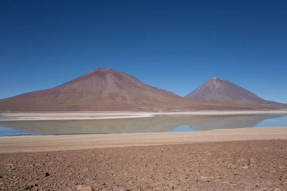 Image of the Laguna Verde with the volcano Licancabur in the background in the Ande