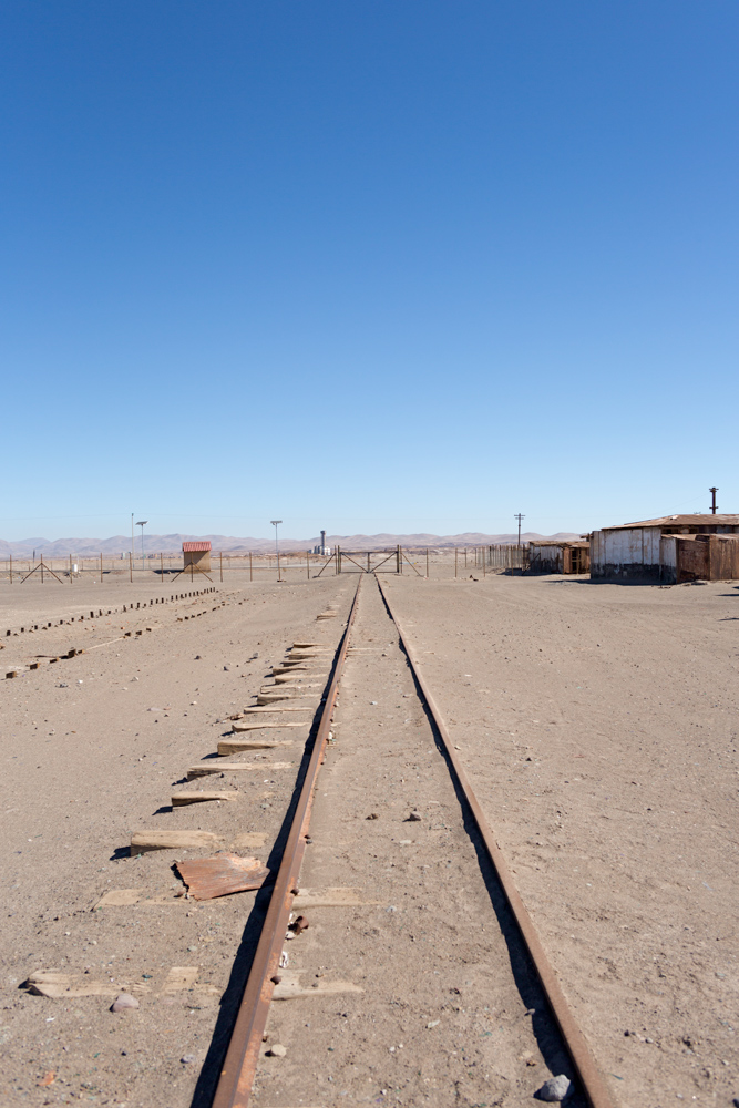 The railroad which was connecting the nitrate towns in the Atacama Desert with the Pacific coast